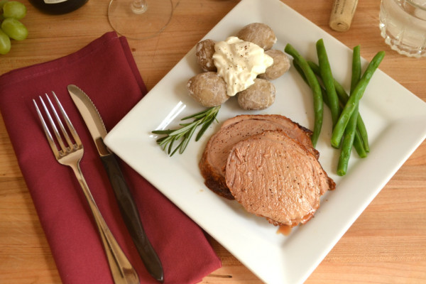 Quick Pork Roast cooked at high temperature & Salt Crusted Boiled Baby Potatoes | www.craftycookingmama.com
